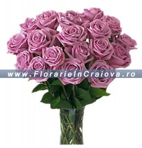 Buchet trandafiri lila